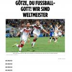 Nach dem 1:0 im WM FInale gegen Argentinien jubelt Mario Götze. Thomas Müller verfolgt ihn jubelnd